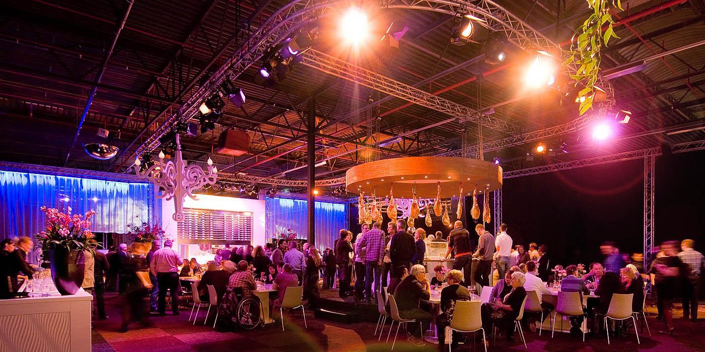 Varende locaties voor congres, themaparty, jubileum, personeelsfeest en beurs.